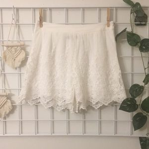 NWTS Forever 21 White Lace Shorts